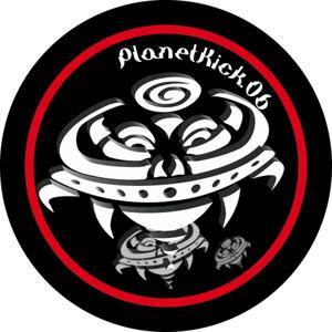 Planet Kick 06