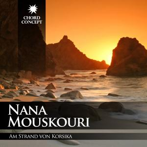 Am Strand von Korsika
